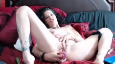 Pussy toying in close up for solo babe