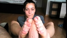 Hot Latina In Foot Fetish And Pov Blowjob Action