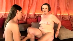 Bdsm Fetish Femdom Dominas Fuck Subject With Strapon